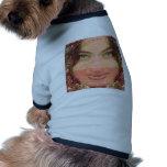 Gráficos del chica de la travesura de la diva en l camisetas de perrito
