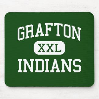 Grafton - indios - alto - Grafton Massachusetts Alfombrilla De Raton