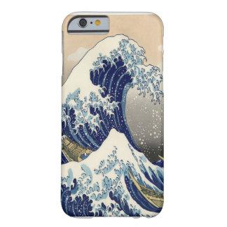 """Gran 葛飾北斎 """"神奈川沖浪裏"""" de la bella arte de la onda funda para iPhone 6 barely there"""