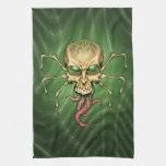 Gran arte extranjero de Lovecraftian del cráneo de Toalla