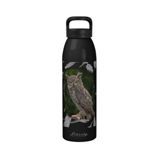 Gran botella de agua del búho de cuernos