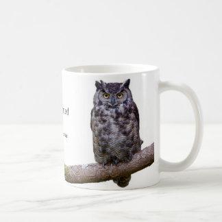 Gran búho de cuernos taza de café