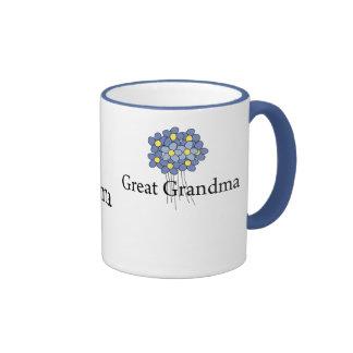 Gran camiseta de la abuela de la flor azul bonita tazas