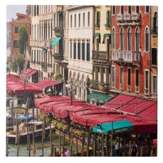 Gran Canal de Venecia Italia con los barcos de la  Azulejo Cuadrado Grande