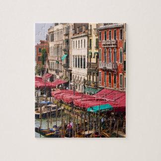 Gran Canal de Venecia Italia con los barcos de la  Rompecabeza