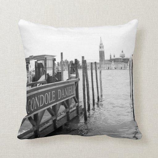 Gran Canal y góndola de Venecia Cojines