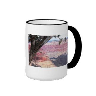 Gran Cañón más allá del árbol Taza De Dos Colores