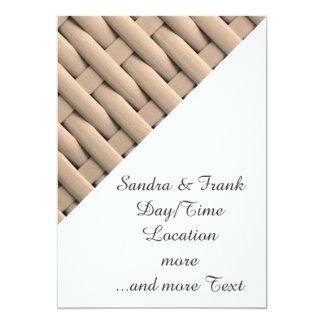 gran cesta trenzada, beige invitación 12,7 x 17,8 cm