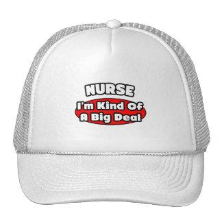Gran cosa de la enfermera… gorro de camionero