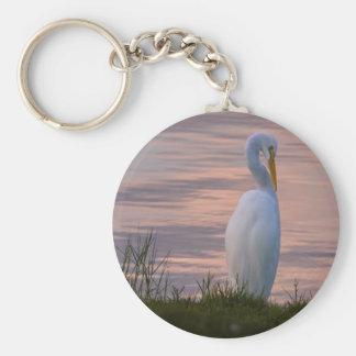 Gran Egret en el llavero de la salida del sol