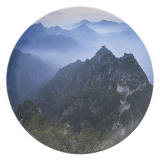 Gran Muralla en la niebla de la madrugada, China Platos
