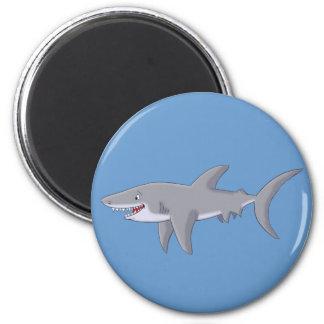 Gran tiburón blanco del dibujo animado imán redondo 5 cm