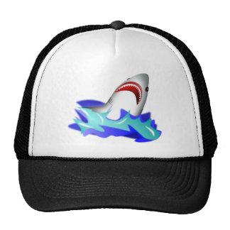 Gran tiburón blanco que sale del agua gorra