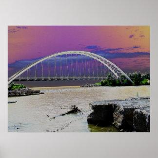 Gran visión - puente s de la playa de Sunnyside Poster