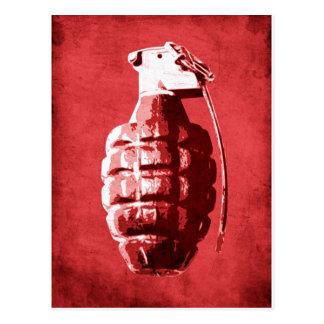 Granada de mano en rojo postal