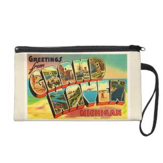 Grand Haven Michigan MI Vintage Travel Souvenir Wristlet Purse