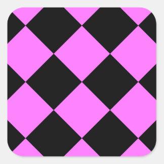 Grande a cuadros de Diag - negro y ultra rosa Pegatina Cuadrada