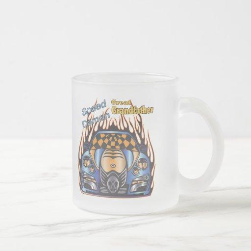 Grande - demonio de velocidad de abuelo que compit tazas de café
