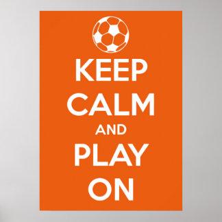 Grande guarde la calma y el juego en anaranjado y póster