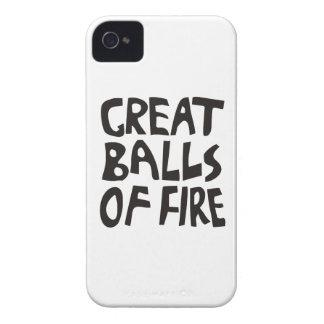 Grandes bolas de fuego iPhone 4 Case-Mate carcasas