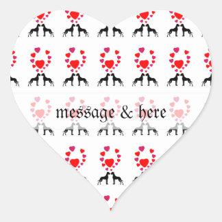 Grandes daneses en amor pegatina en forma de corazón