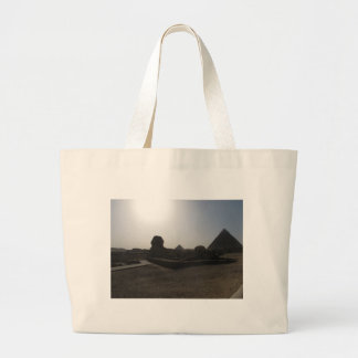 Grandes esfinge y pirámide en la puesta del sol bolsa tela grande