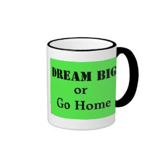 Grandes ideales o van a casa taza a dos colores