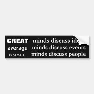 Grandes mentes medias y pequeñas etiqueta de parachoque