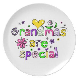 Grandmas Are Special Dinner Plate