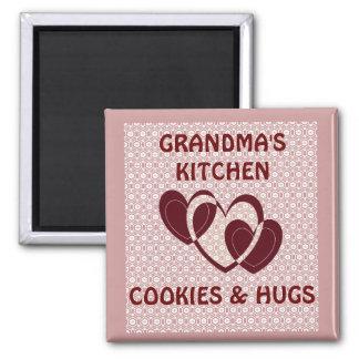 GRANDMAS KITCHEN/COOKIES AND HUGS MAGNET