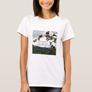 Grandmother, you are the Apple of my eye! T-Shirt