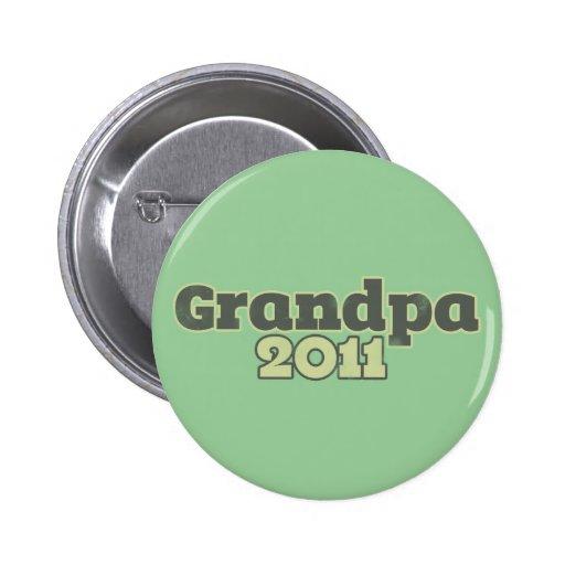 Grandpa to be in 2011 2 inch round button