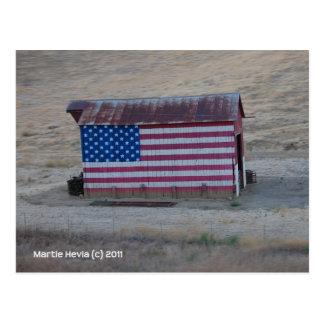 Granero de la bandera americana postal
