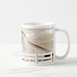 Granero del cerdo taza básica blanca