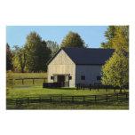Granero en granja excelente del caballo en la sali fotografías