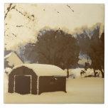 Granero en la nieve tejas  ceramicas
