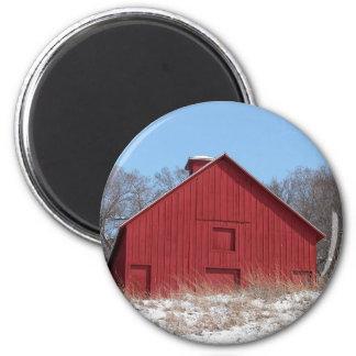 Granero rojo imán redondo 5 cm