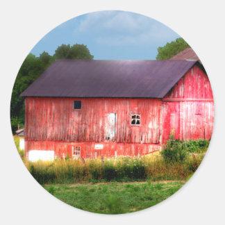 Granero rojo intrépido grande pegatina redonda