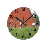 Granero rojo reloj de pared