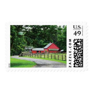 Granero rojo sello postal