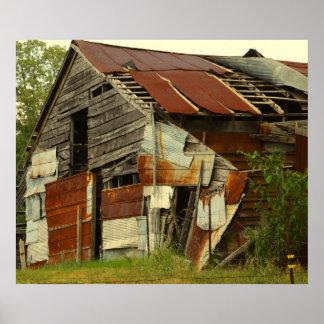 Granero viejo con lata póster
