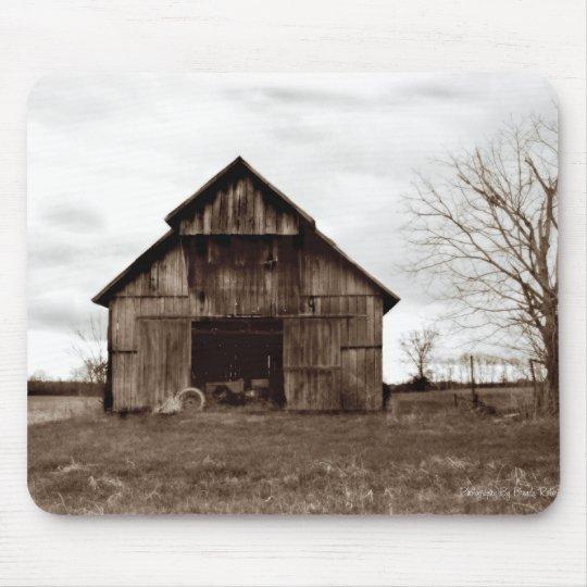 Granero viejo del tabaco de Kentucky Alfombrilla De Raton