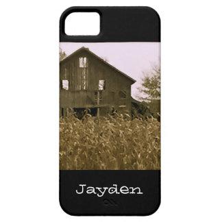 Granero viejo en un campo de maíz de oro funda para iPhone SE/5/5s