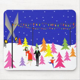 Granja de árbol de navidad retra Mousepad