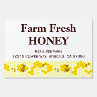 Granja de encargo de la miel que hace publicidad señal