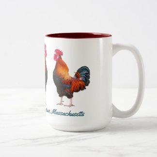 Granja de los gallos con el texto de encargo del taza de café de dos colores