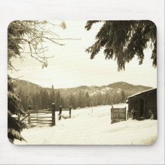 Granja del invierno en Washington por el djoneill Alfombrilla De Raton