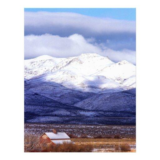 """Granja en las montañas Idaho de Owyhee Folleto 8.5"""" X 11"""""""