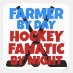 Granjero del amante del hockey pegatina cuadrada