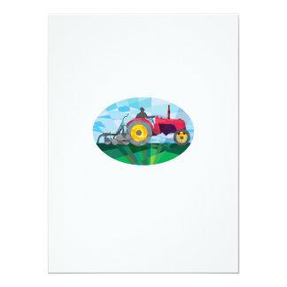 Granjero que conduce el tractor de granja del invitación 13,9 x 19,0 cm